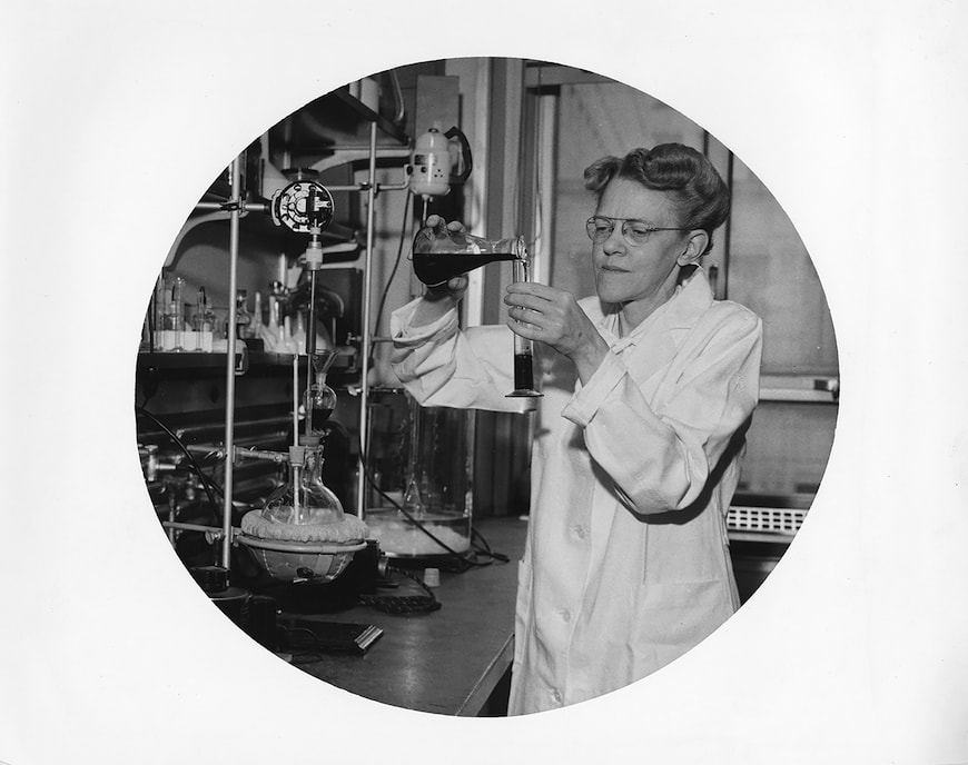 Dr. Alice Renfrew in lab